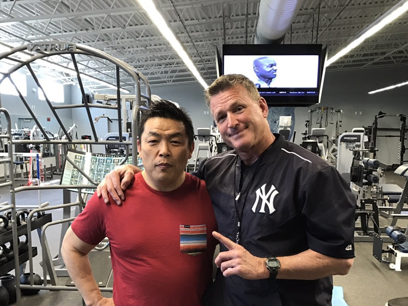 大川達也とJohn Philbin(NYヤンキースストレングス総括コーチ)